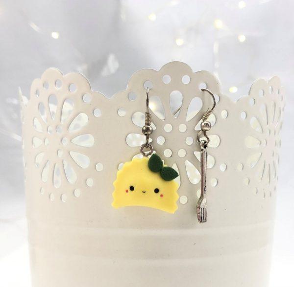 kawaii dumpling earrings raviolini kawaii